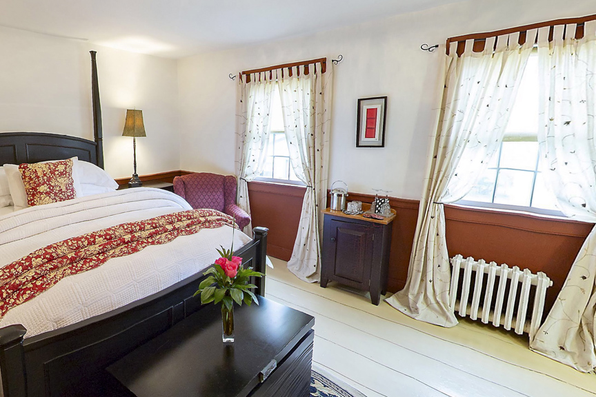 The Bailey House Bed and Breakfast John Easson Room 3